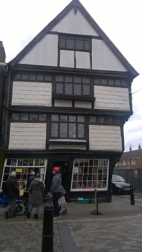 A very crooked bookshop